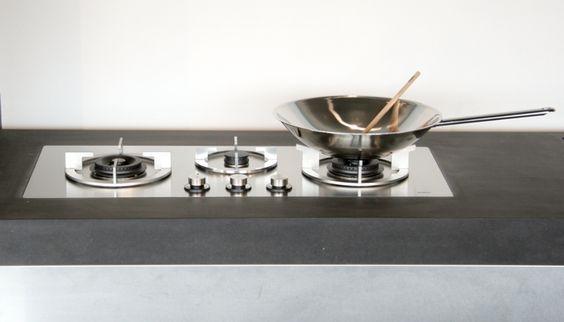 les plaques de cuisson koonaka so inox. Black Bedroom Furniture Sets. Home Design Ideas