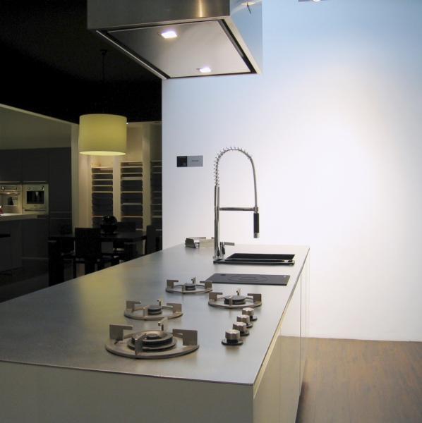 Plan de travail en inox pour cuisine plan de travail inox for Ou acheter plan de travail cuisine