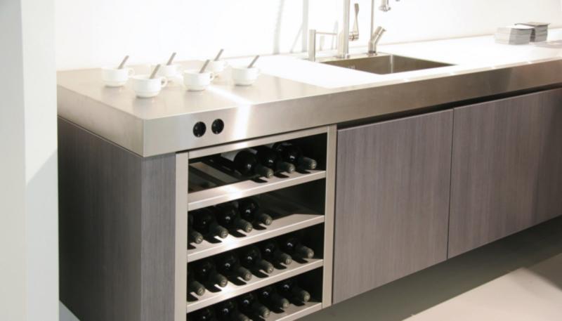 Plan de travail de cuisine en inox aix en provence so inox for Plan de travail inox cuisine professionnel